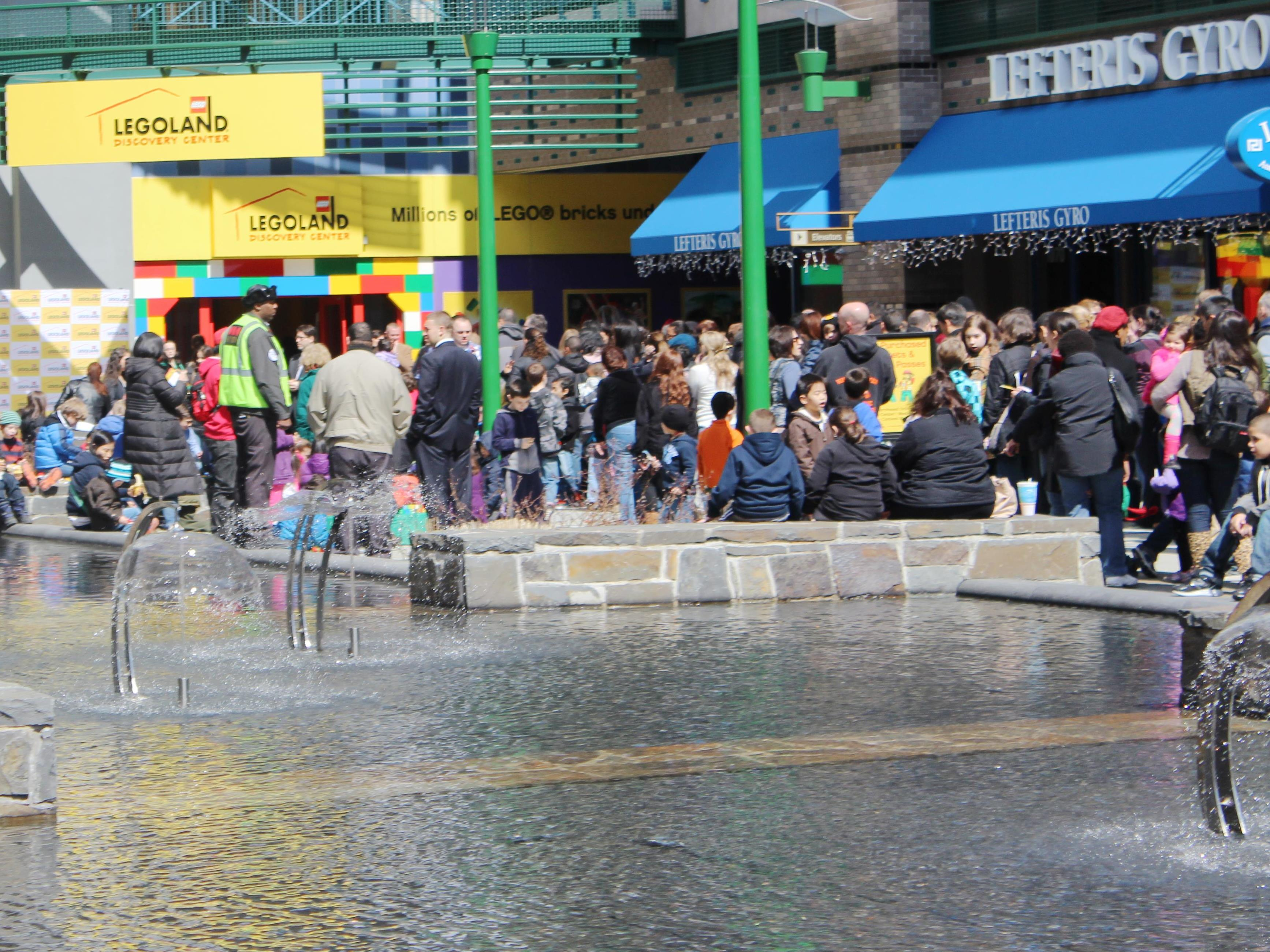 New York Welcomes LEGOLAND Discovery Center, March 27 ...