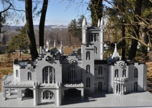 Lyndhurst Castle in LEGO